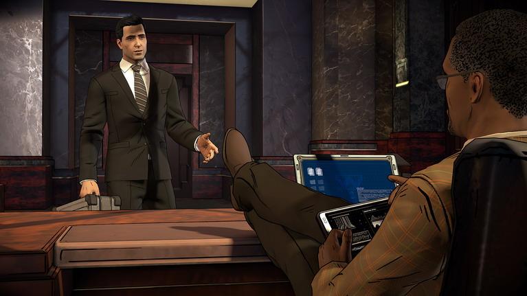 Lucius τι έγινε; Βολεύτηκες στο γραφείο μου; Μήπως να σου φέρω και μια φράπα;