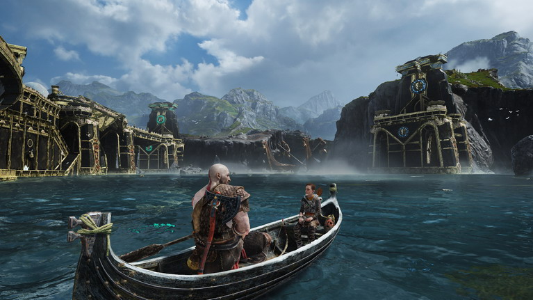 Διασχίζοντας τη λίμνη των εννέα.