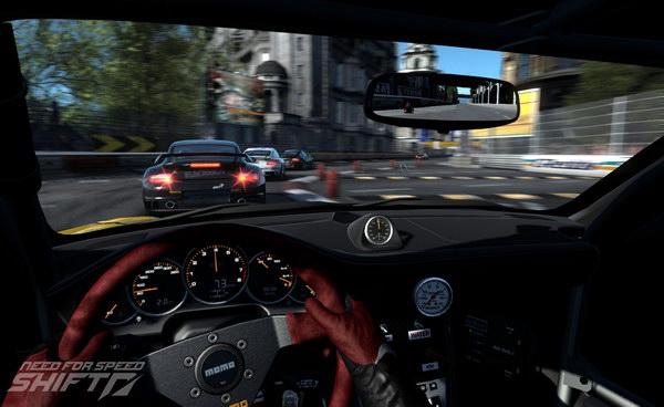 H in-car κάμερα είναι όλα τα λεφτά στο παιχνίδι.