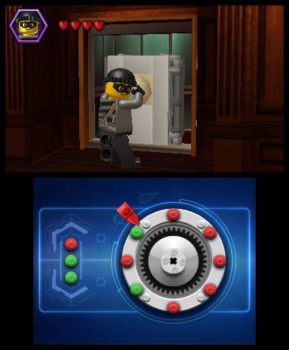 Αν και αστυνομικός, καλά τα πάει και με τις διαρρήξεις.