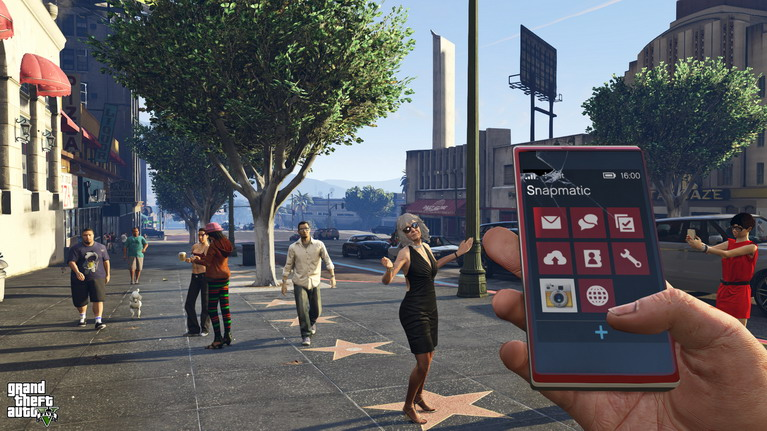H σατιρική ματιά του παιχνιδιού στις τάσεις της σύγχρονης κοινωνίας είναι εκπληκτική.