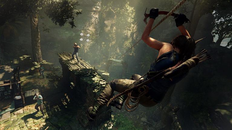 Όπως πάντα, η Lara έχει παλιές και νέες κινήσεις για να εξοντώνει εχθρούς.